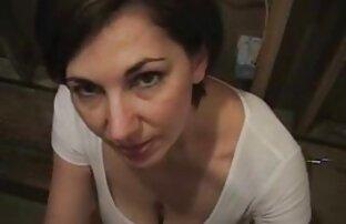 Morena tetas grandes nena cojiendome ami ermana jugando en vivo en la webcam